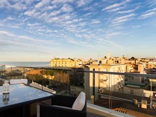 Hotel Cristallo: Terrazza in stile  di Studio A.I.R.