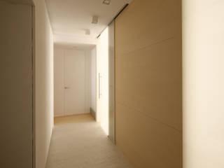 Koridor & Tangga Modern Oleh План_Б Modern