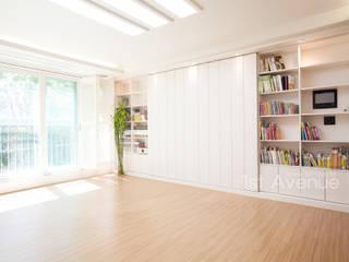 Living room by 퍼스트애비뉴, Mediterranean