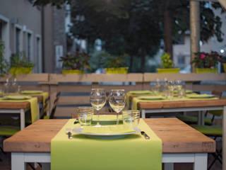 Spazio esterno estivo ristorante Modern gastronomy by Laboratorio Modern
