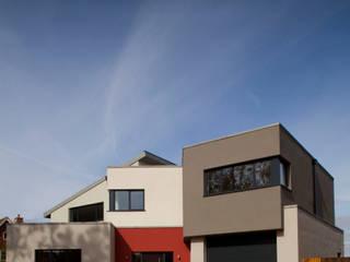 Essex House Frost Architects Ltd Будинки