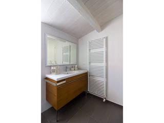 modern  by Bartolucci Architetti, Modern