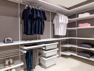 Begehbarer Kleiderschrank:  Ankleidezimmer von Elfa Deutschland GmbH