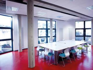 Junior Uni Wuppertal Moderne Schulen von Flötotto Systemmöbel GmbH Modern