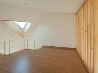 가평 네모정자집: 리슈건축 의  거실