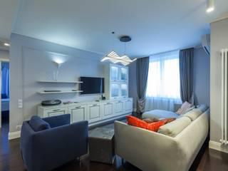 Реализована квартира с двумя спальнями в ЖК «Переделкино ближнее» Гостиная в классическом стиле от ARTteam Классический