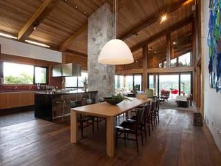 Maisons de style  par David Guerra Arquitetura e Interiores