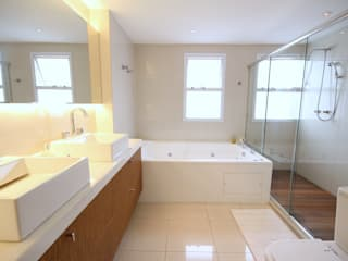 MeyerCortez arquitetura & design Salle de bain moderne