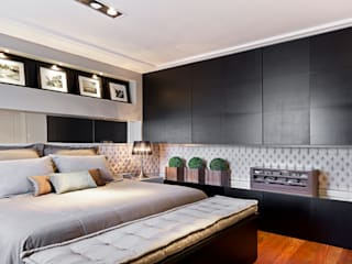 Modern style bedroom by Joana & Manoela Arquitetura Modern