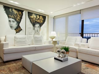 من Joana & Manoela Arquitetura حداثي