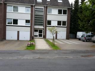 Garage/Rimessa in stile in stile Moderno di Garten- und Landschaftsbau Gartenservice Schwanewede