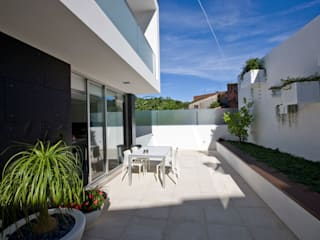 A.F. House Atelier d'Arquitetura Lopes da Costa 庭院