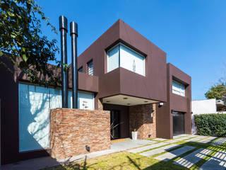 Carbone Arquitectos Modern Houses