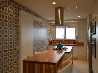 Apartamento 294m² Cozinhas modernas por Fabiana Rosello Arquitetura e Interiores Moderno