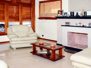 LEVALLE HOUSE: Livings de estilo  por Carbone Fernandez Arquitectos