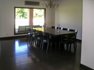 GRECO HOUSE: Livings de estilo  por Carbone Fernandez Arquitectos