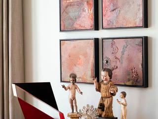 Antonio Martins Interior Design Inc Eclectic style living room