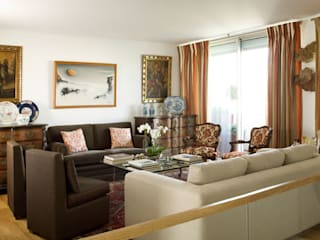 Antonio Martins Interior Design Inc クラシックデザインの リビング
