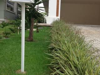 Classic style garden by Marcos Assmar Arquitetura | Paisagismo Classic