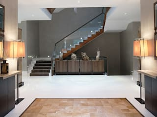 Private Villa, Surrey Modern corridor, hallway & stairs by Keir Townsend Ltd. Modern