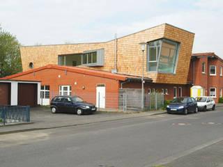 Umbau und Erweiterung einer Kita in Köln Ausgefallene Schulen von Noesser Padberg Architekten GmbH Ausgefallen