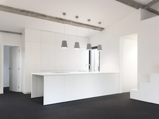 by Thibaudeau Architecte Minimalist