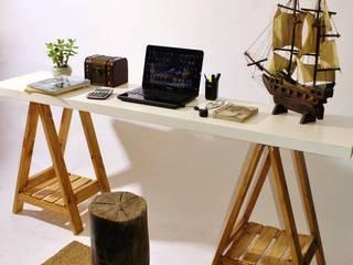 COMODAS, MESITAS, ESCRITORIOS...: Livings de estilo  por Mostaza Espacio de Diseño
