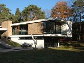 Villa V:  Huizen door Margry | Arts architecten bna