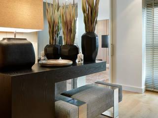 Molins Design Mediterranean corridor, hallway & stairs