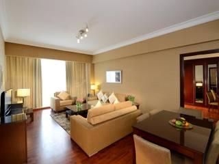 Gür Mobilya – Millennium Otel - Dubai (156 oda): minimalist tarz , Minimalist