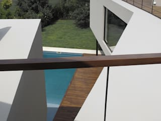 Houses by FILM OBRAS DE ARQUITECTURA