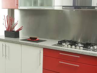 Más Proyectos. Cocinas modernas: Ideas, imágenes y decoración de Sql Amoblamientos de Cocina Moderno