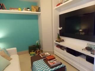 Duplex Interiores Salas multimedia de estilo moderno