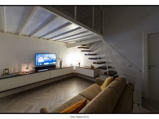 Modern Living Room by GINO SPERA ARCHITETTO Modern
