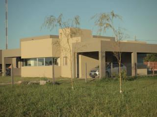 CASA MJM Casas minimalistas de JORGELINA ALVAREZ I arquitecta I Minimalista