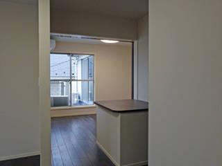 MAISON I モダンデザインの 多目的室 の 株式会社伏見屋一級建築士事務所 モダン