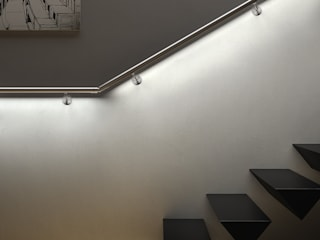 IAM Design LED Railing: Best Product 2015 IAM Design Vestíbulos, pasillos y escalerasIluminación