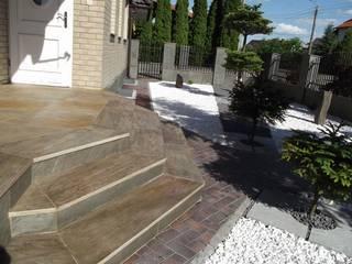 Kamień na schody i tarasy. Nowoczesny korytarz, przedpokój i schody od Kamienie Naturalne Chrobak Nowoczesny