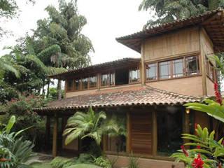 Casas de estilo  de MADUEÑO ARQUITETURA & ENGENHARIA, Rústico