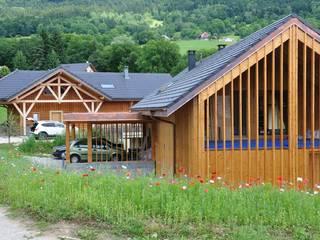 Maison 2S: Maisons de style  par FAVRE LIBES Architectes