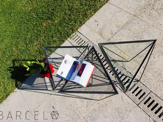 MESA RATONA GRACIA:  de estilo industrial por Barcelò. diseño en hierro,Industrial