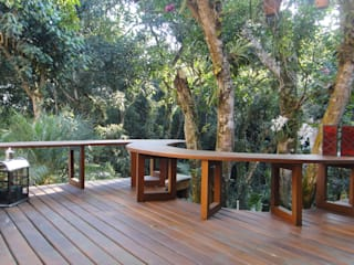 homify Patios & Decks Solid Wood