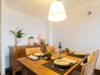 Scandinavian style dining room by Become a Home Scandinavian