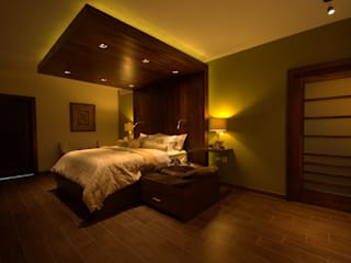 Lo Interior Eclectic style bedroom