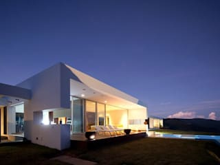 LIGHTEN Minimalist houses