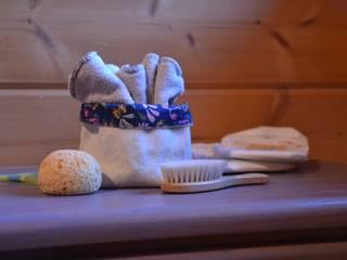 Petit panier de rangement réversible en tissu bio bleu paradis :  de style  par Mémamnali créations bio