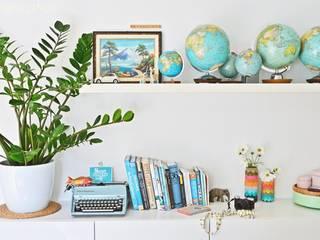 Die Welt in Euren Händen:  Wohnzimmer von Jana Mironowitz