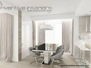 INVENTIVE INTERIORS – Dom w bieli i beżu - 150m2: styl , w kategorii Jadalnia zaprojektowany przez Inventive Interiors