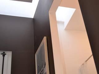 modern  by G.R design, Modern