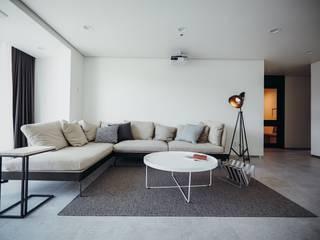 분당구 수내동 아파트 (before& after) 모던스타일 거실 by 샐러드보울 디자인 스튜디오 모던